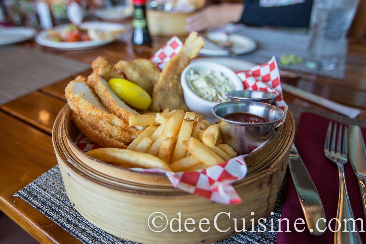 Uncle s fish market grill in honolulu dee cuisine for Uncle s fish market and grill